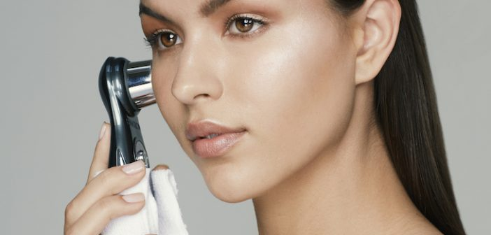Focus on Flawless Skin with the New DF Mobile Skincare Device from Environ